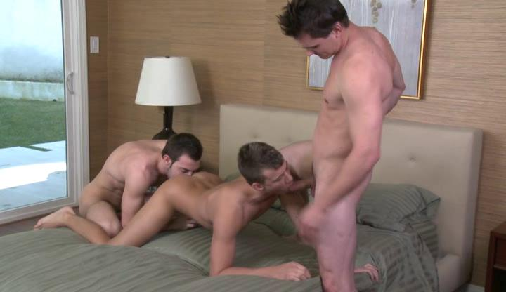 Two skinny gay hunks and straight fellow having three-some