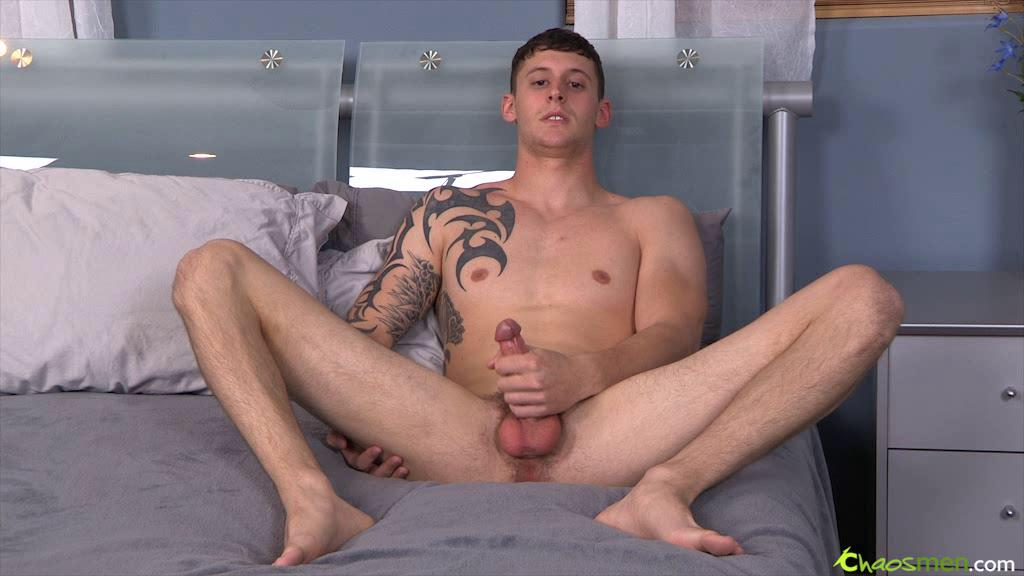 Watch sexy dude strokes his large meat