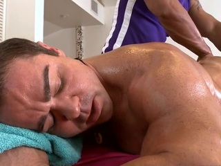 Male masseur is delighting a overweight homo bear